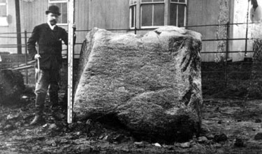 Runcorn: Granite Boulder