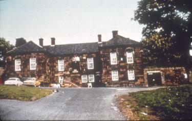 Castle Hotel, Halton