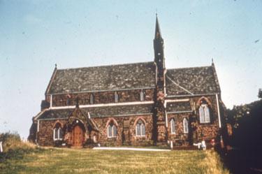 St Mary's Church, Halton