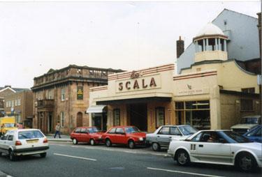 La Scala and Bank Chambers, Runcorn