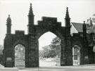 Cemetery Gates, Widnes